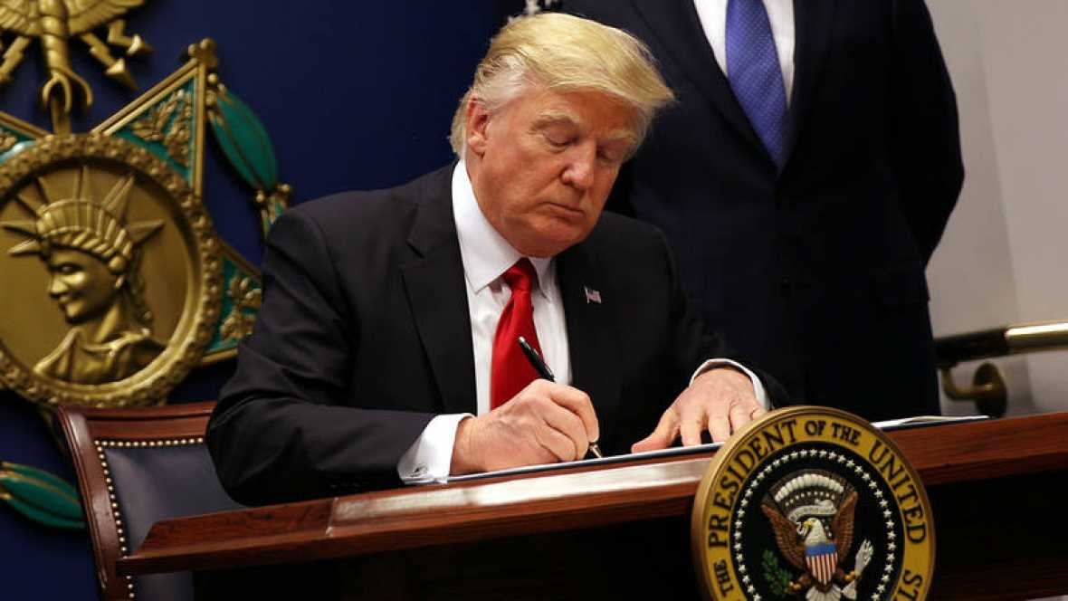 ribunal Supremo de EEUU permite a Trump restringir la entrada de refugiados