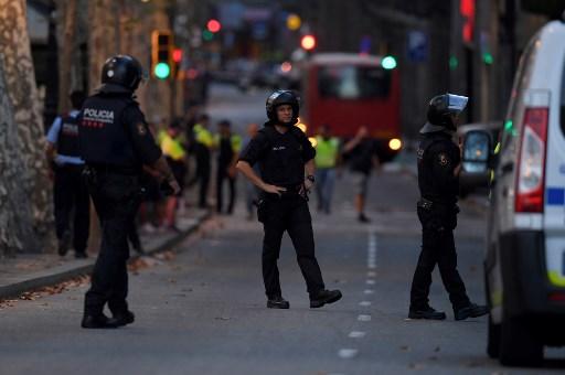 Barcelona: trece muertos y 50 heridos en ataque con furgoneta