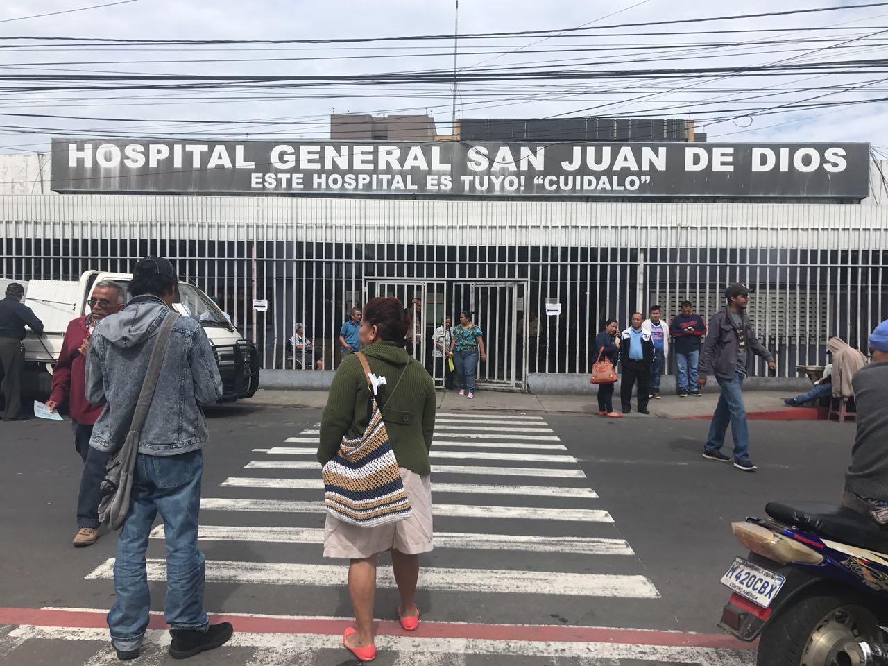 Hospital General San Juan de Dios restablece sus visitas. Hospitales.