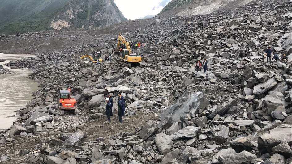 Al menos 30 muertos en China en dos deslizamientos de tierra