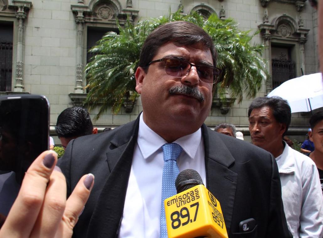 Comisionado presidencial Enrique Godoy renuncia al cargo