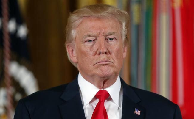 Demandan a Trump por pedir el cierre de las Fuerzas Armadas a transexuales