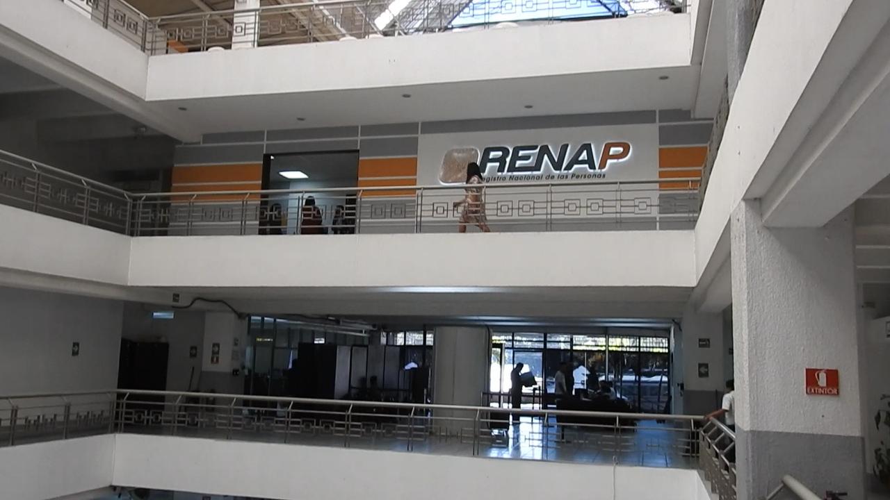 Renap no atenderá el viernes