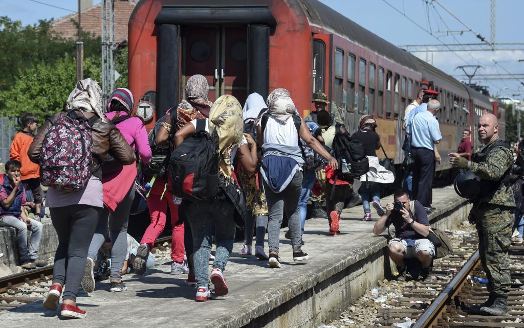 Francia reunirá el lunes a líderes europeos y africanos para abordar la crisis migratoria