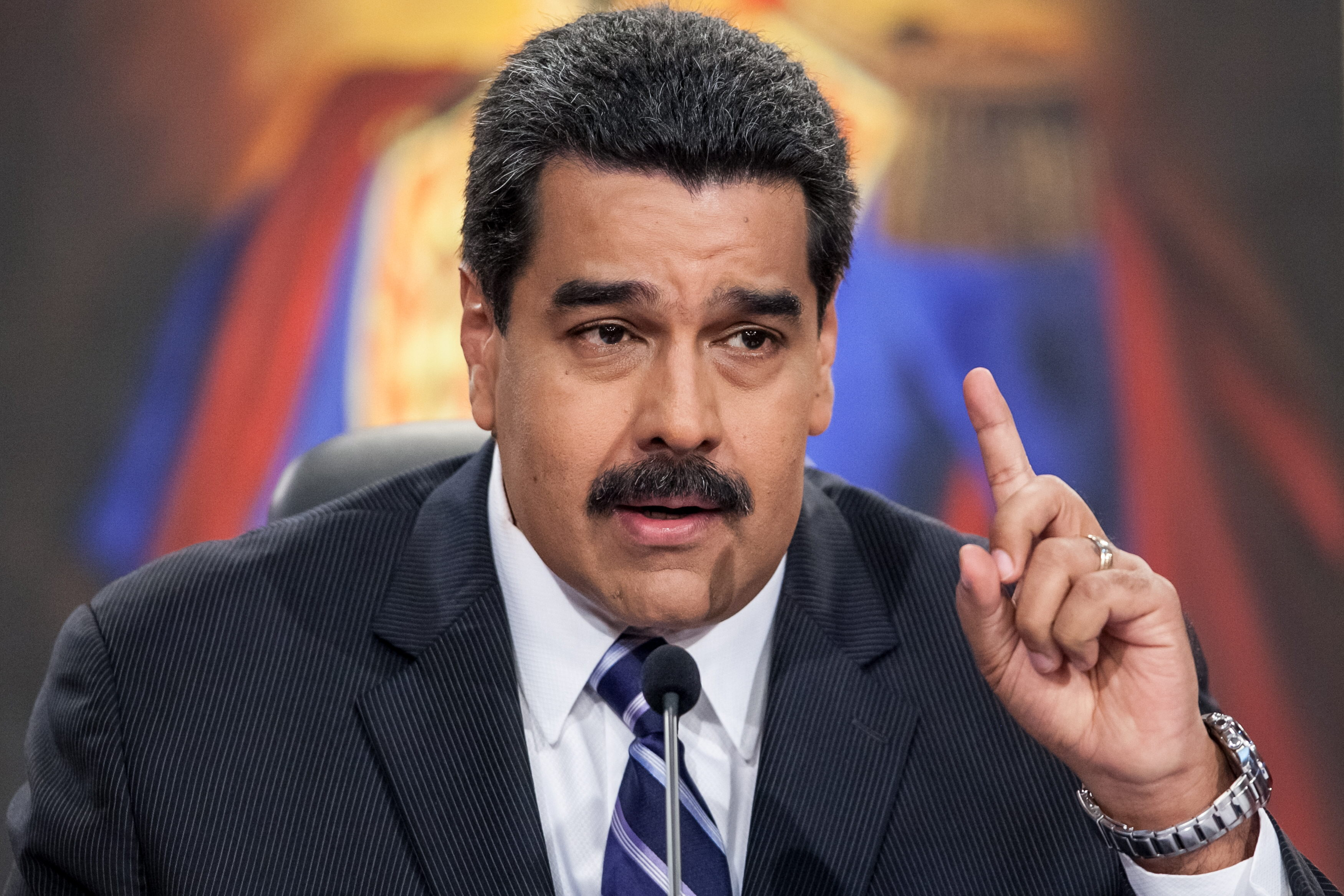 """Maduro dice que en Venezuela """"no existe"""" el Poder Legislativo"""