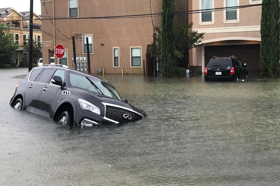 Mueren seis miembros de una misma familia por tormenta Harvey en Texas