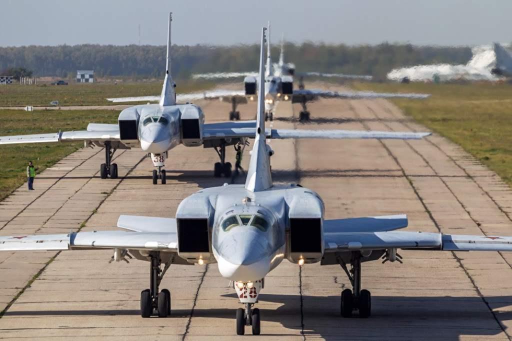 Rusia entregará aviones militares a Indonesia a cambio de aceite, café y té