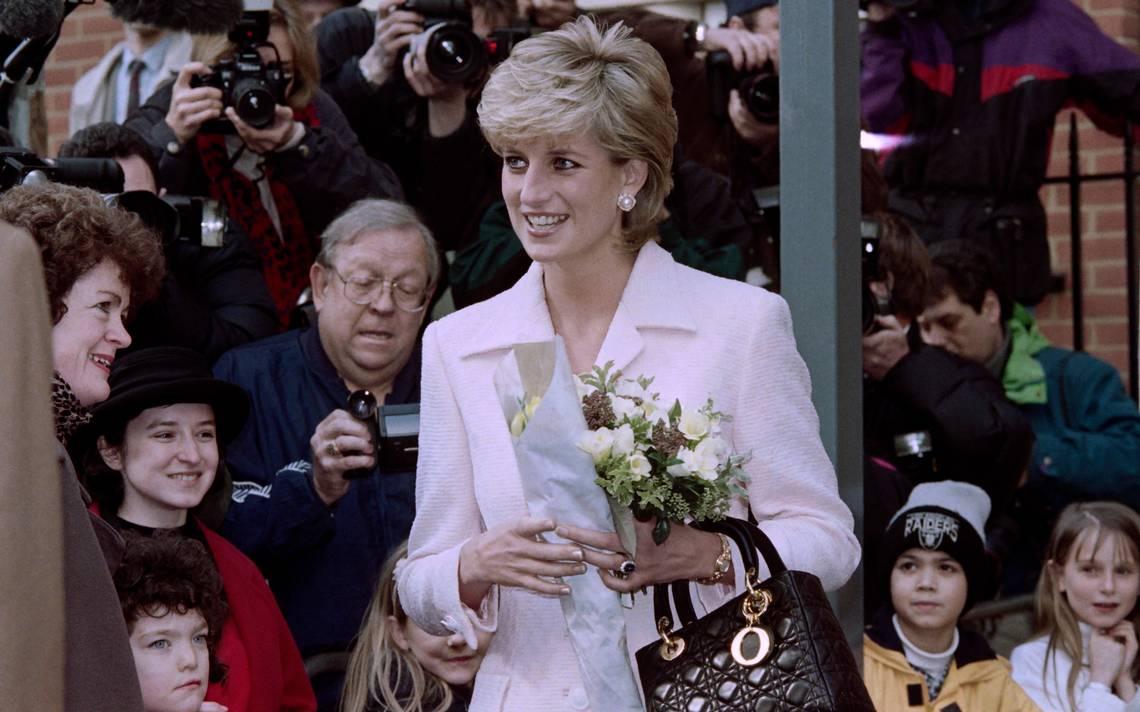 Veinte años después de la muerte de Diana, la emoción sigue viva