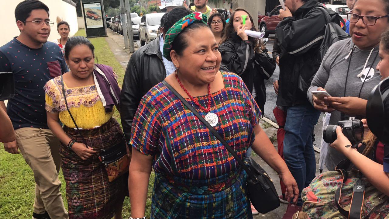 """Menchú por decisión presidencial: """"abre una puerta a la impunidad"""""""
