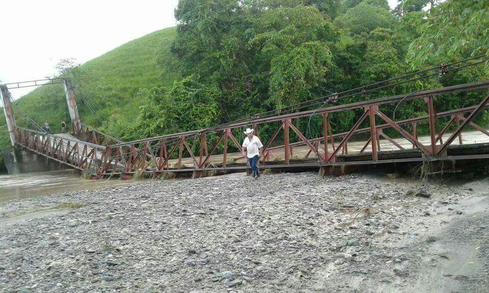 Izabal: alrededor de cinco mil afectados por colapso de puente en Los Amates
