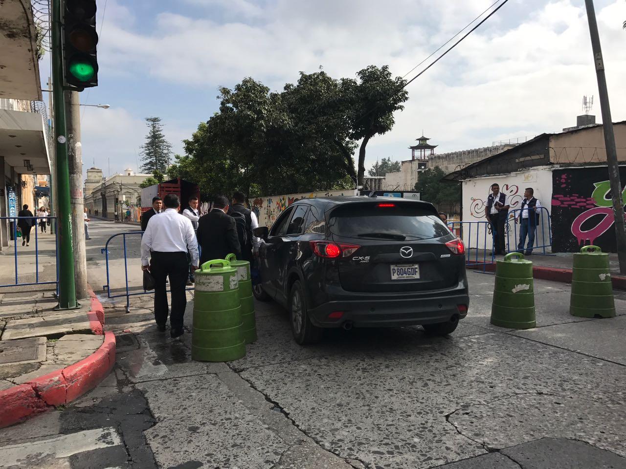 SAAS bloquea calles por presencia del Presidente