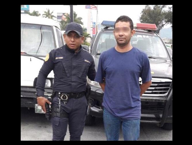 Capturan a hombre y su hijo es remitido por transportar un kilo de cocaína