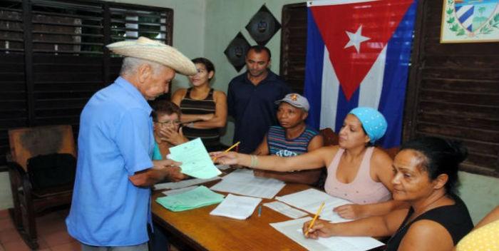 Cuba pospone calendario electoral por daños de Irma