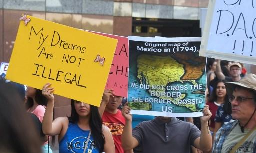El DACA, el programa migratorio que Trump puede cancelar este martes