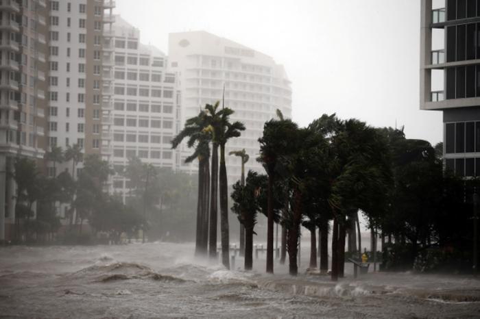 El paso de Irma augura días difíciles para Cuba