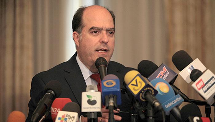 El presidente del Parlamento venezolano, Julio Borges,