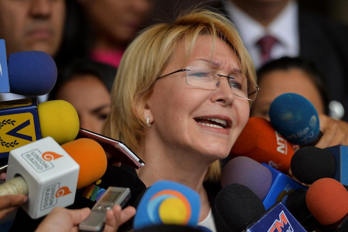 """Exfiscal venezolana acusa a su sucesor de """"inventar delitos"""" para perseguirla"""