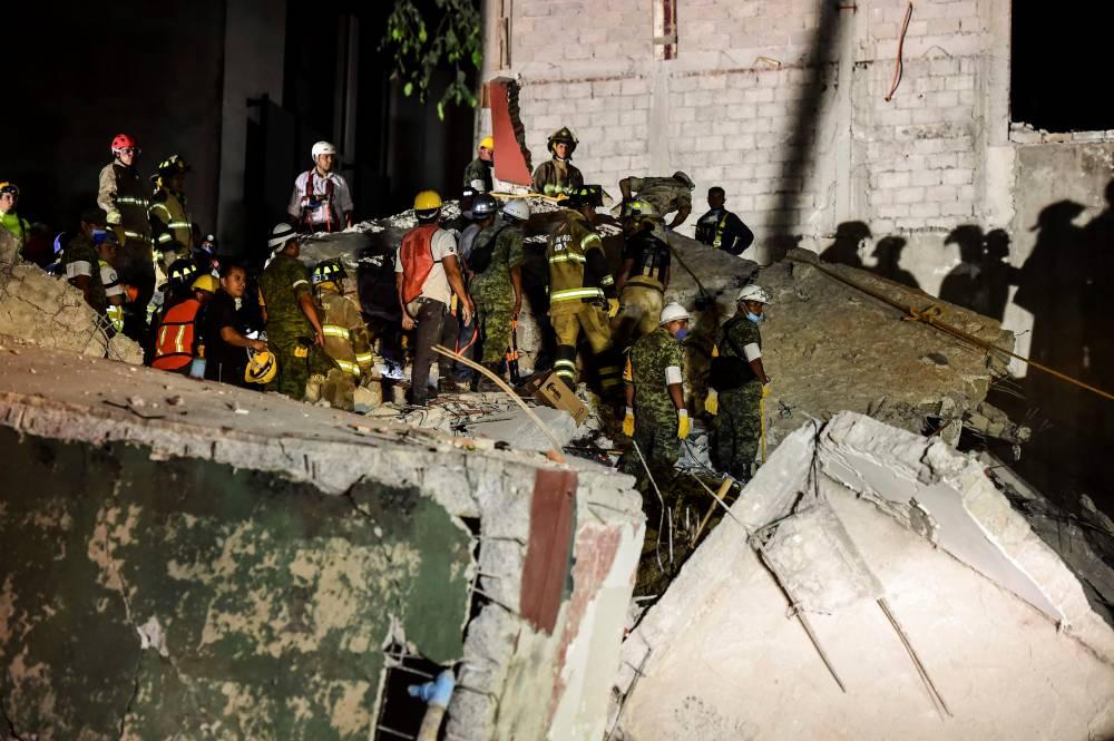 México busca sin descanso sobrevivientes tras devastador terremoto