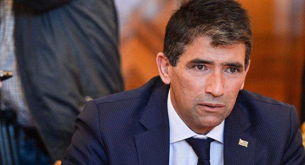 Vicepresidente de Uruguay enfrenta a su partido en medio de escándalo