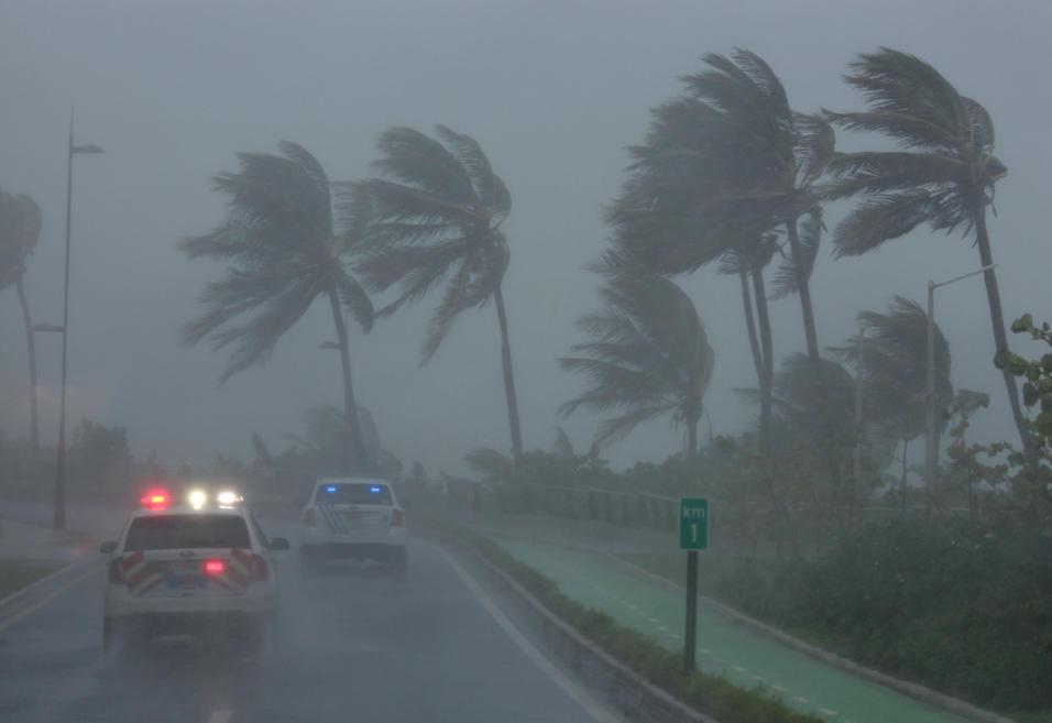 El huracán Irma se degrada a categoría 4