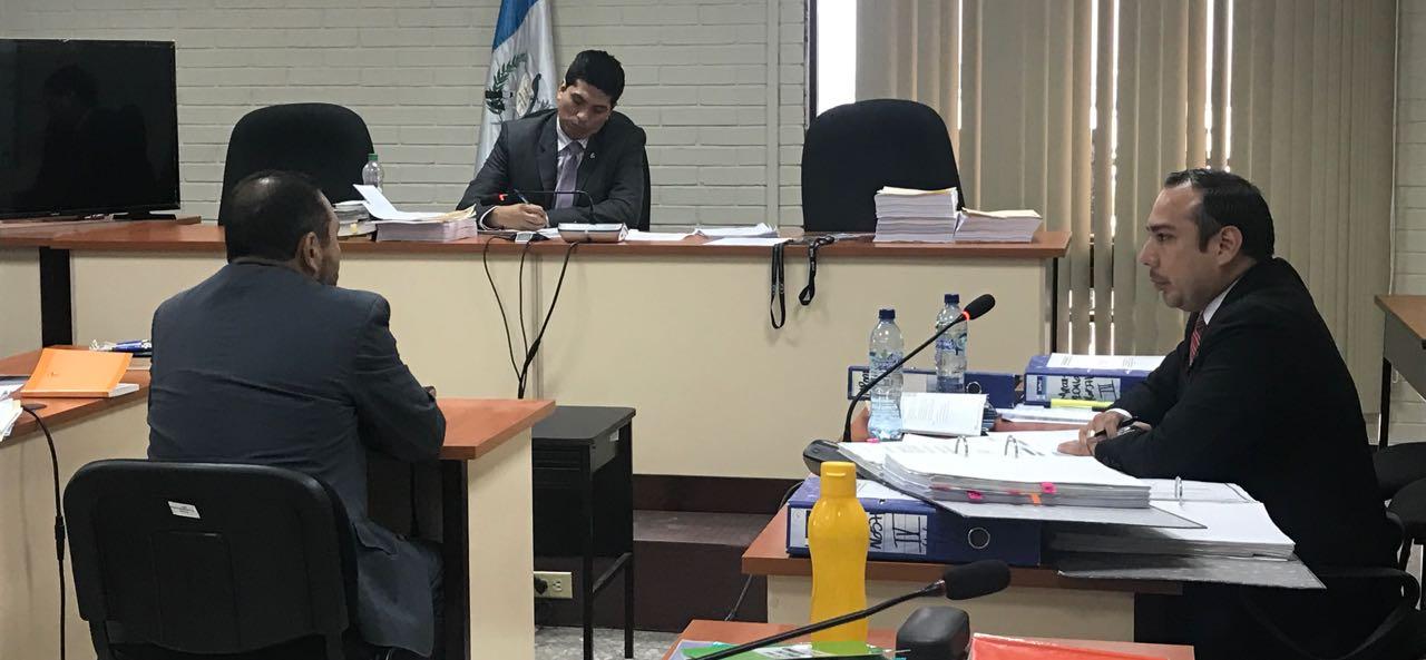 MP pide ligar a nuevo proceso de supuesta corrupción a exministro López Bonilla