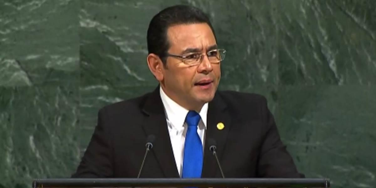 Expertos no ven viable diálogo entre Jimmy Morales y sectores sociales