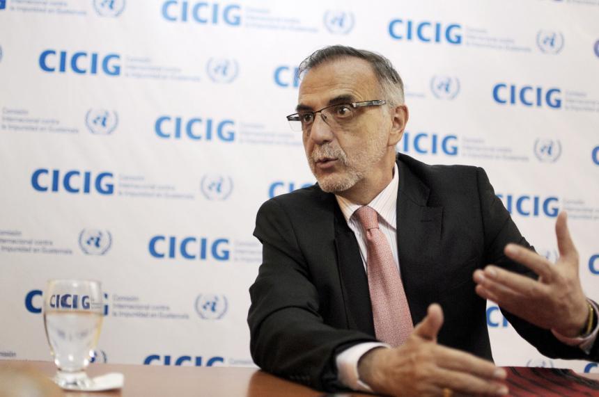 Cancillería renueva visa al comisionado Iván Velásquez