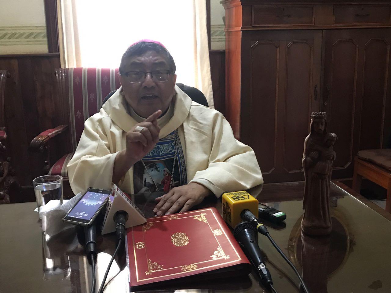 """Vian Morales: """"es urgente que se depure el Congreso"""""""
