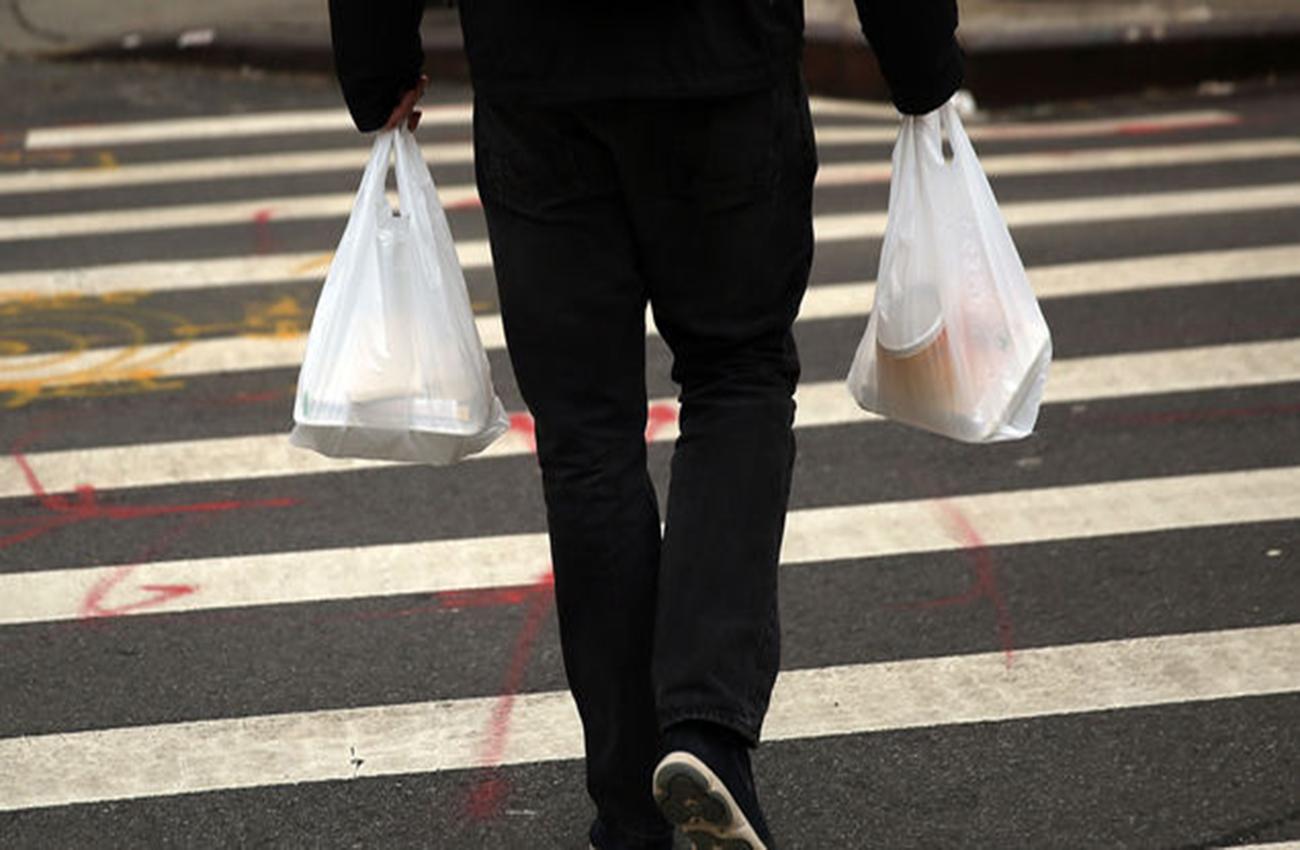 Chile pretende prohibir uso de bolsas plásticas en zonas costeras
