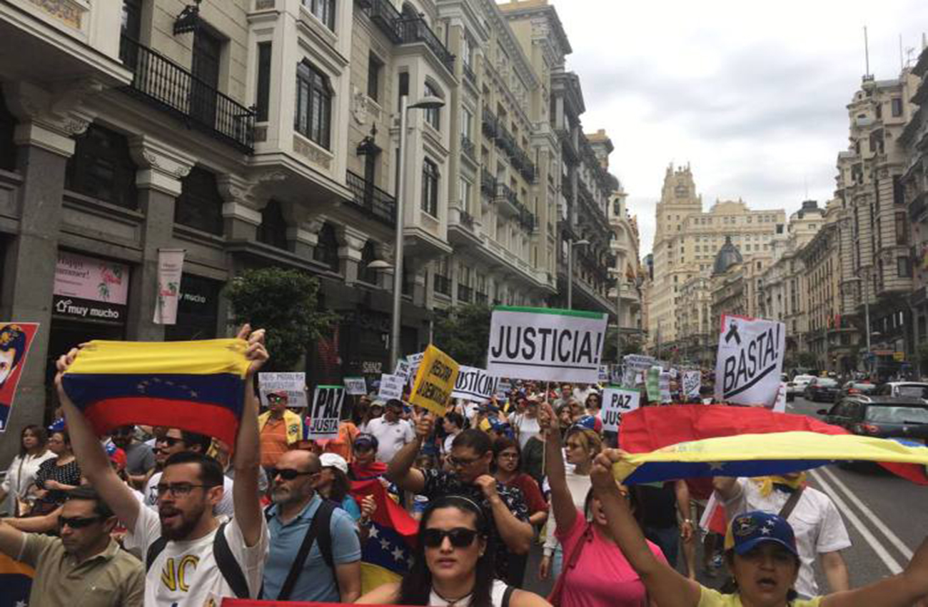 Crece tensión en Venezuela gobernadores opositores rechazan subordinación