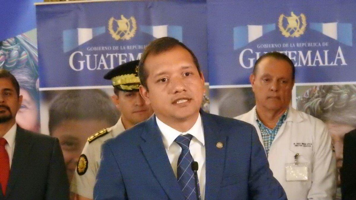 Rivas aún el Presidente analiza su sustituto en el Mingob