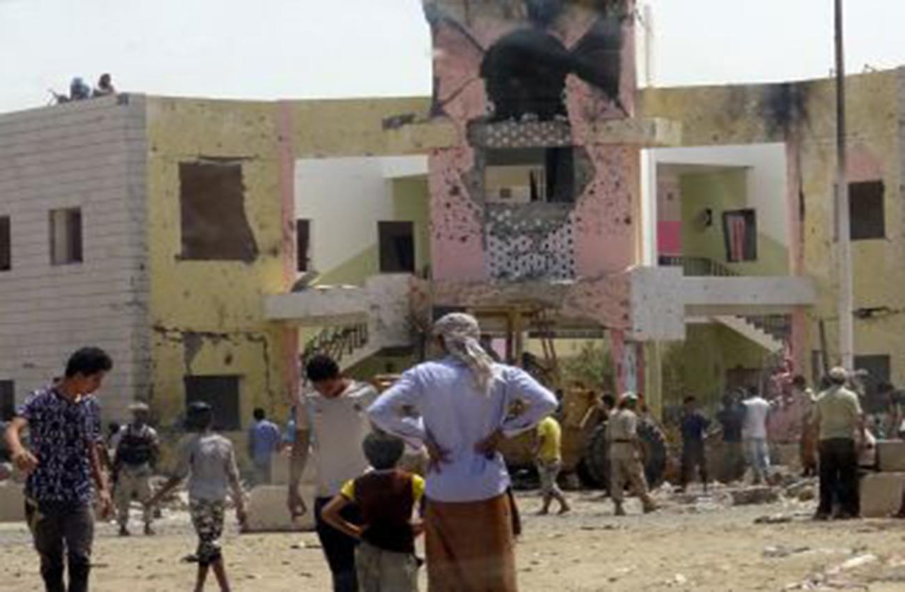 Dos ataques talibanes simultáneos provocan 71 muertos en Afganistán