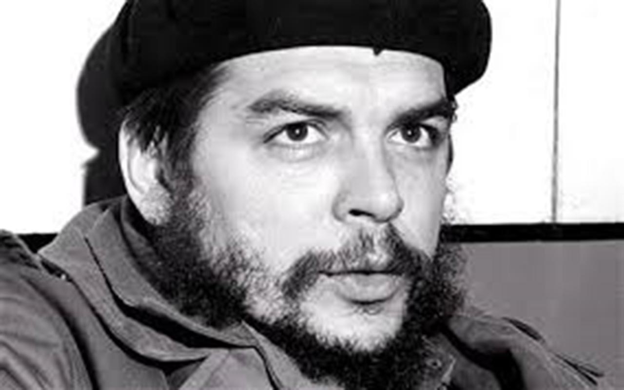 "El Che quería ""morir como un mártir"", según investigadora franco-argentina"