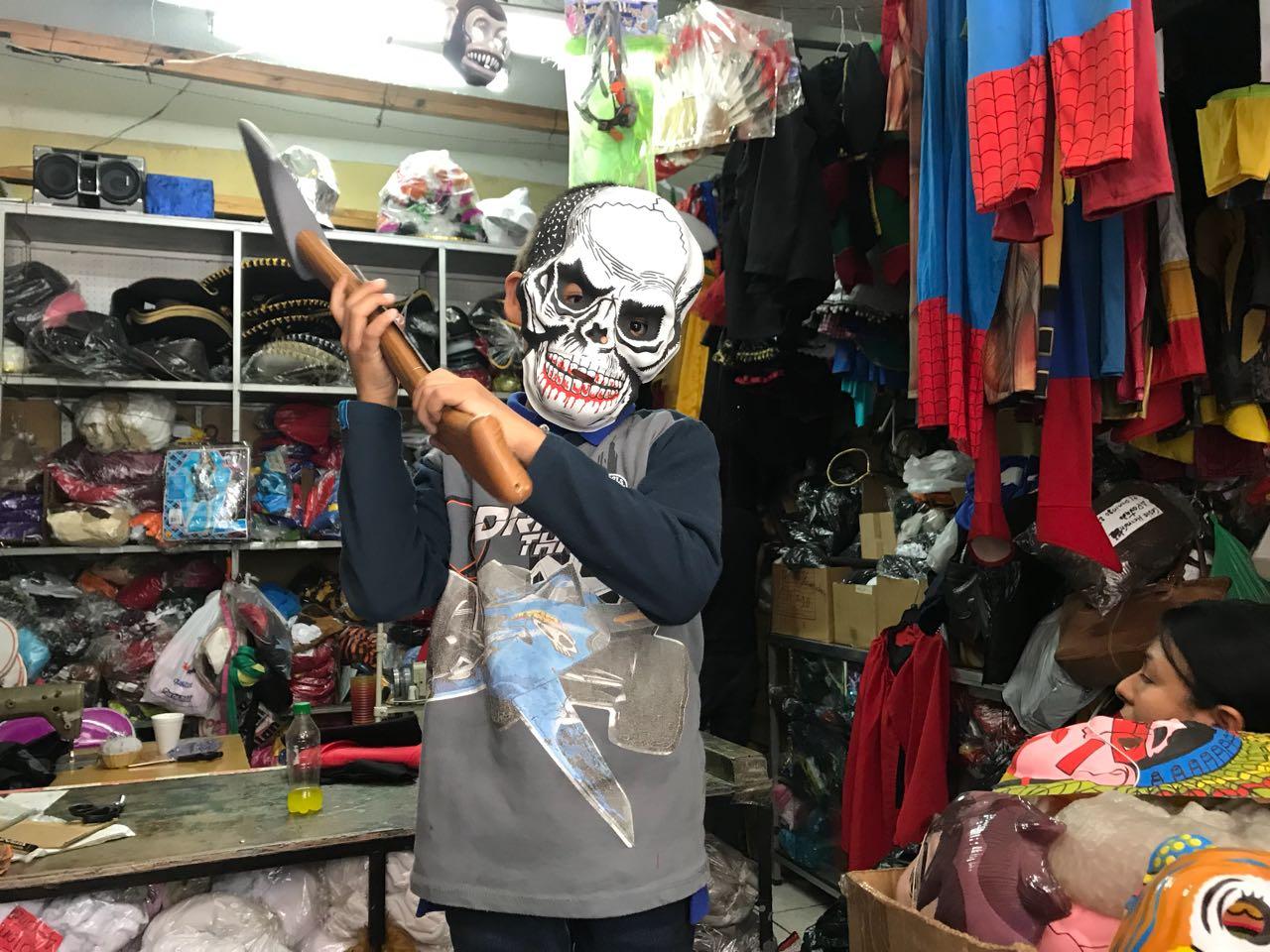 Guatemaltecos se prepara para el Día de las Brujas