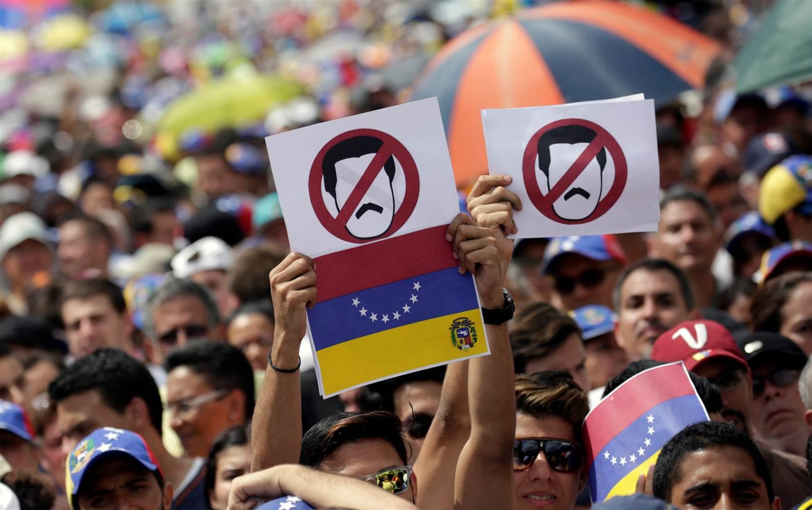 Venezuela en cinco crisis