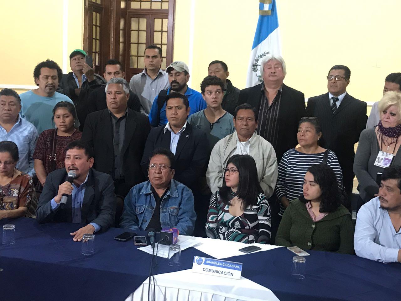 Asamblea Ciudadana concentración renuncia del Presidente y diputados