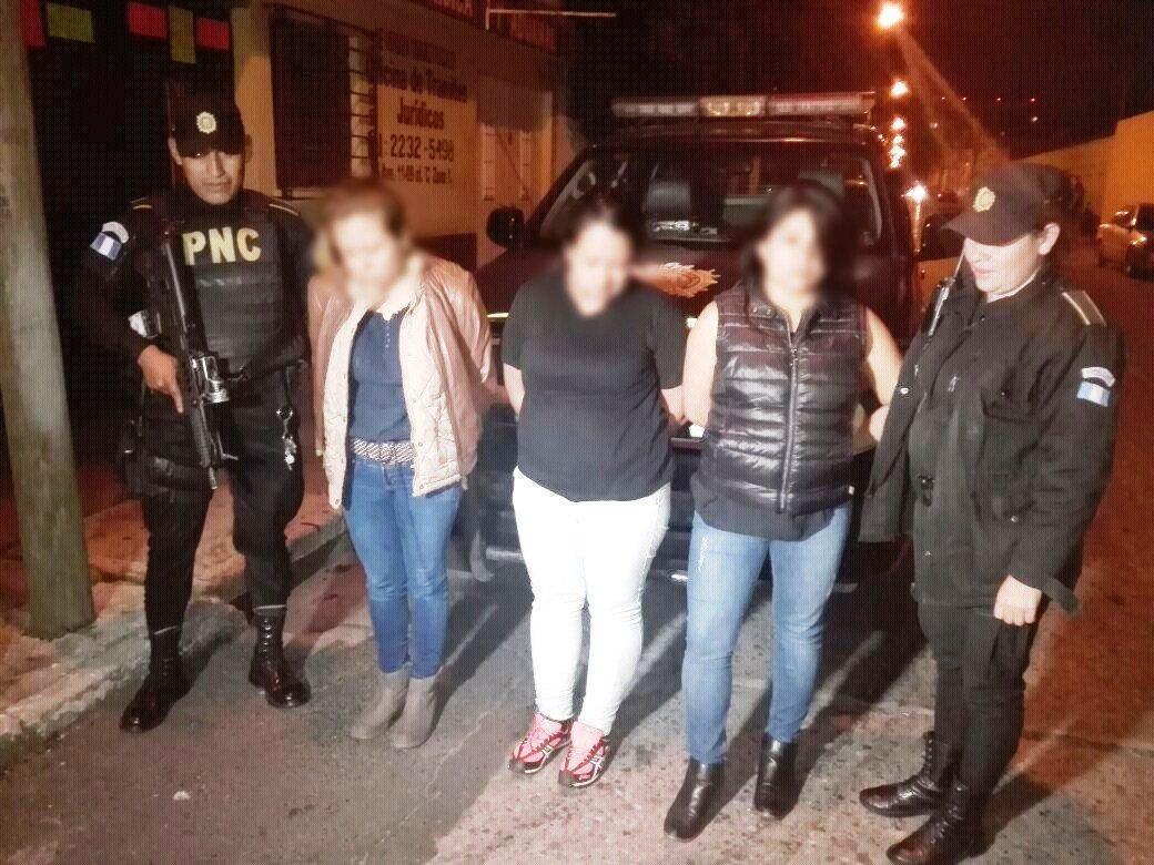 Capturan a tres mujeres sindicadas de robar en centros comerciales