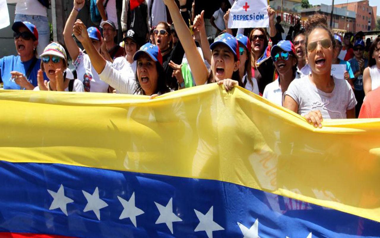 Gobierno y oposición de Venezuela se reunirán en diciembre en Dominicana