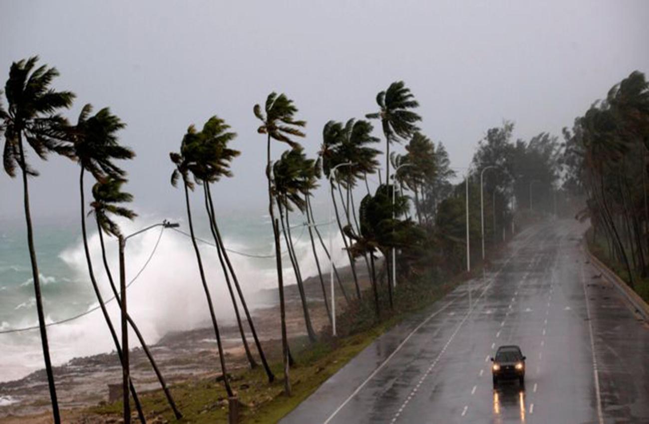 Puerto Rico pide a EEUU 94.000 millones de dólares de ayuda tras paso de huracanes