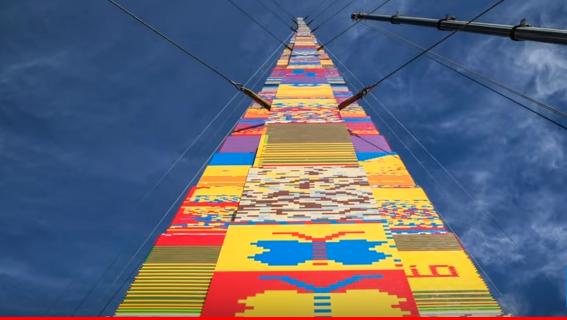 Torre de piezas lego batió récord