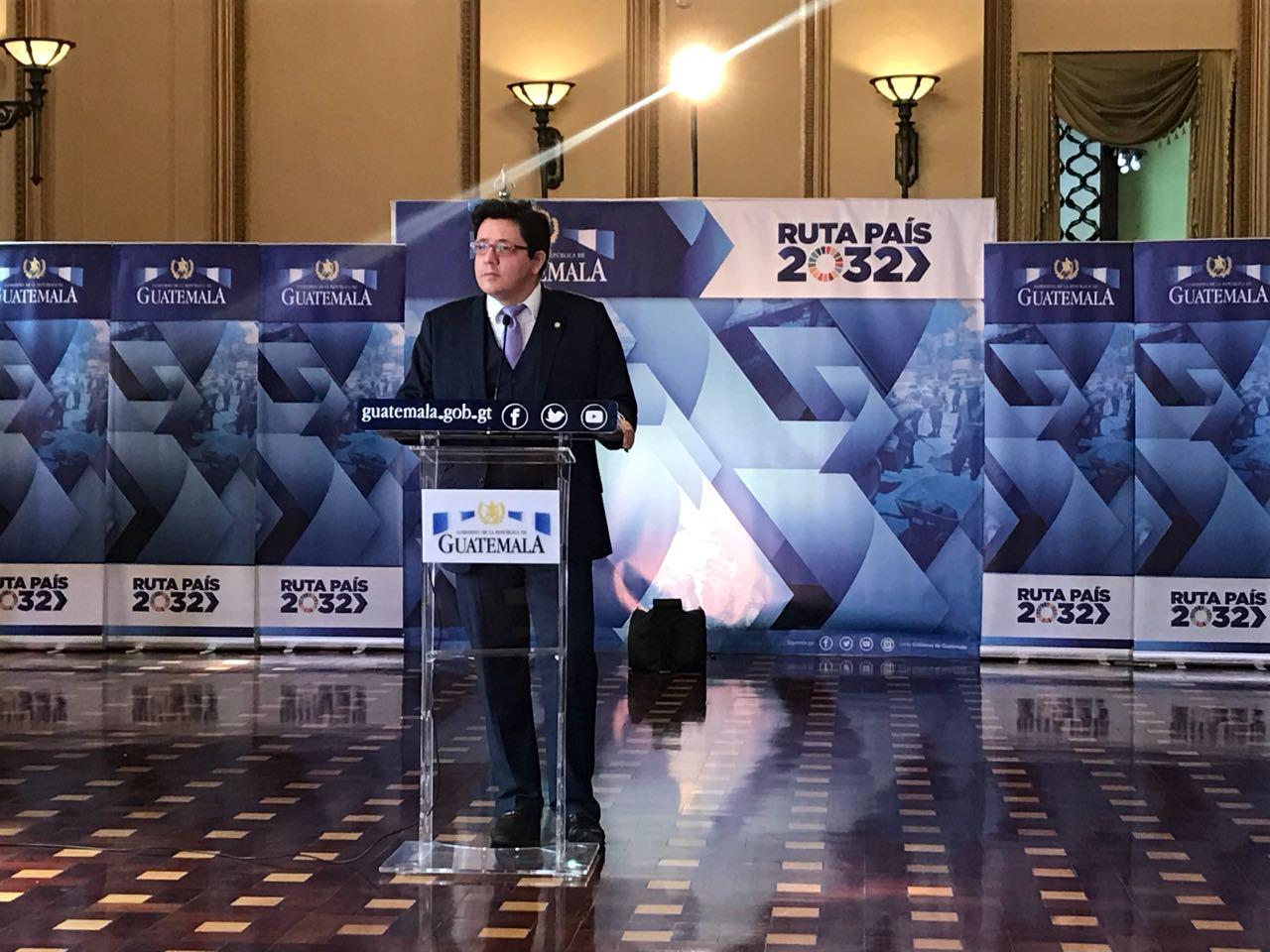 Ministro Julio Estrada EU Emisoras Unidas Guatemala