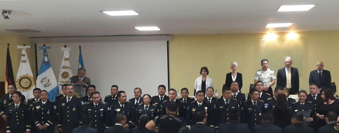 PNC profesionaliza a 81 agentes Guatemala Emisoras Unidas EU