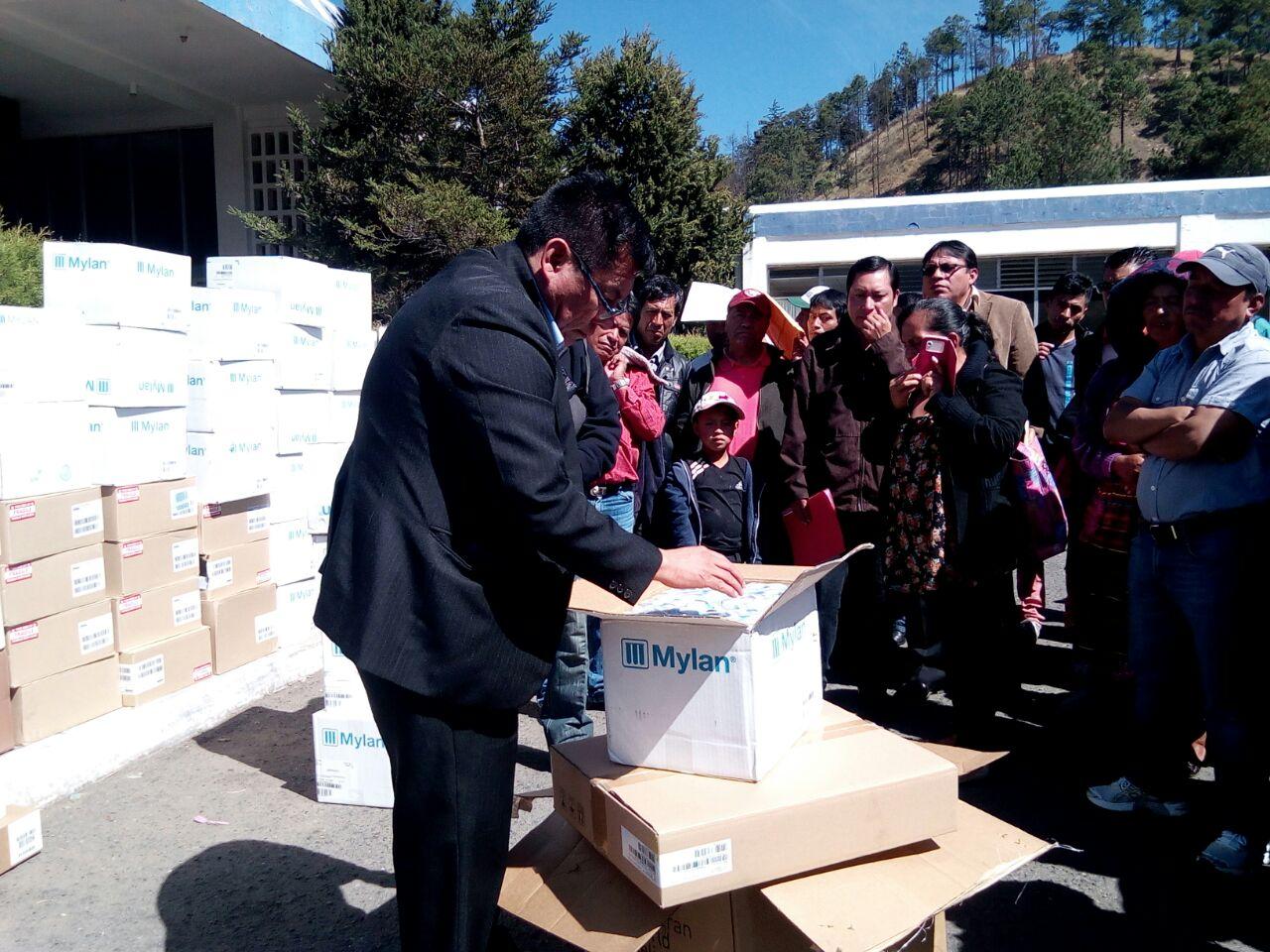Donación de medicamento en Totonicapán. Emisoras Unidas EU Guatemala