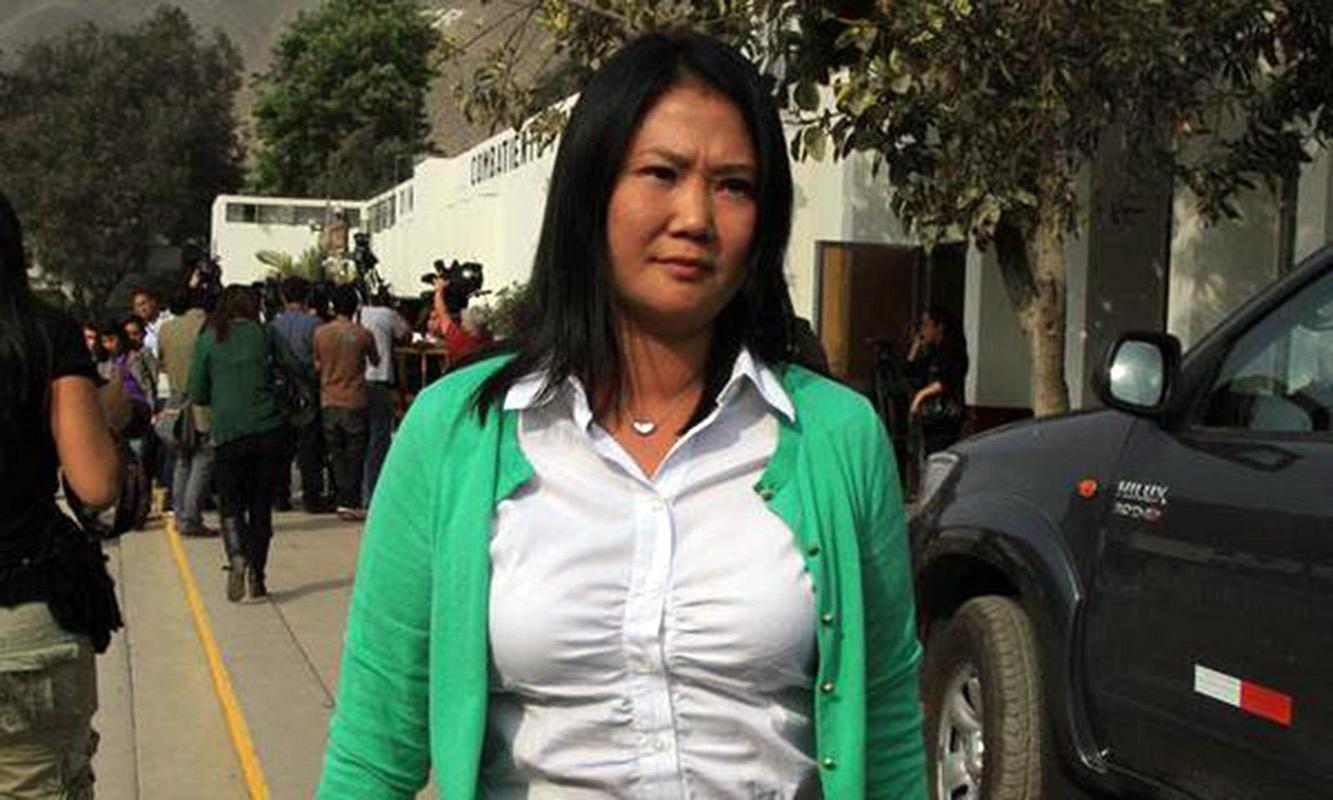 Perú: fiscales allanan locales partidarios de Keiko Fujimori