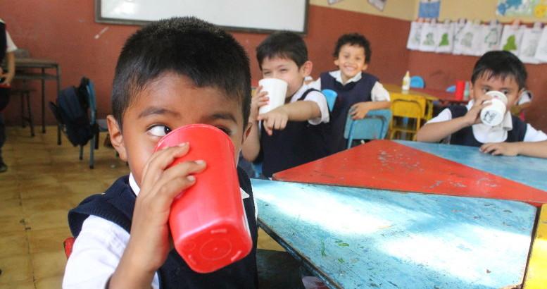 Mineduc cumple con la entrega de alimentación escolar, aseguran autoridades , Emisoras Unidas, EU, Guatemala