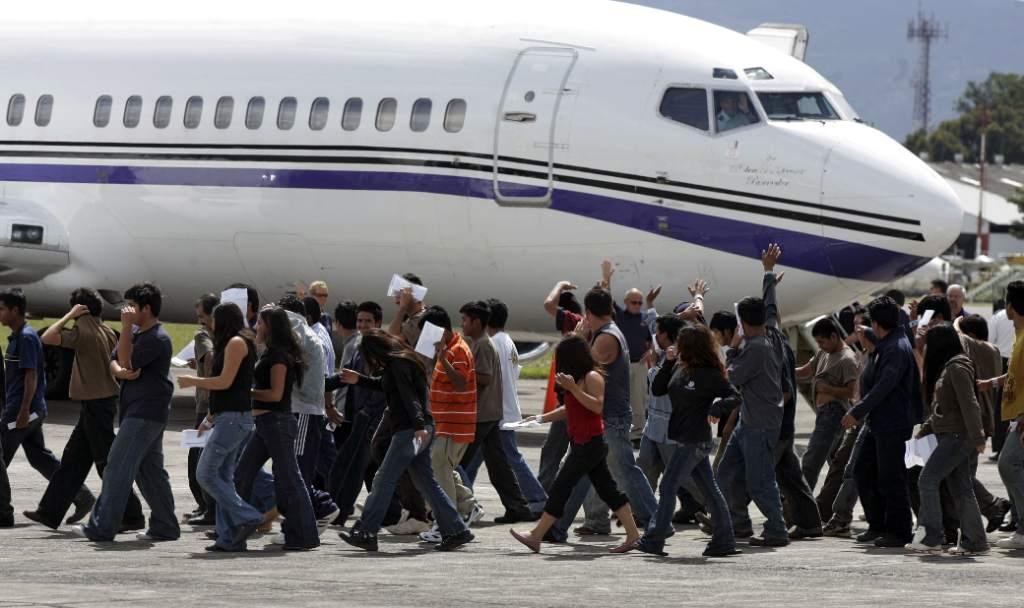 Guatemaltecos retornados de Estados Unidos deportados