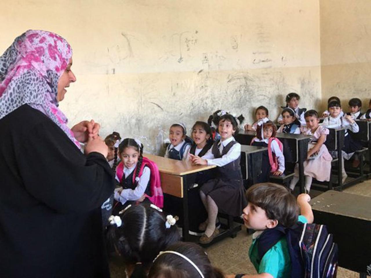 Los maestros intentan en Mosul que sus alumnos olviden al Estado Islámico