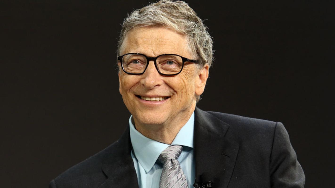 Bill Gates dice que debería pagar más impuestos
