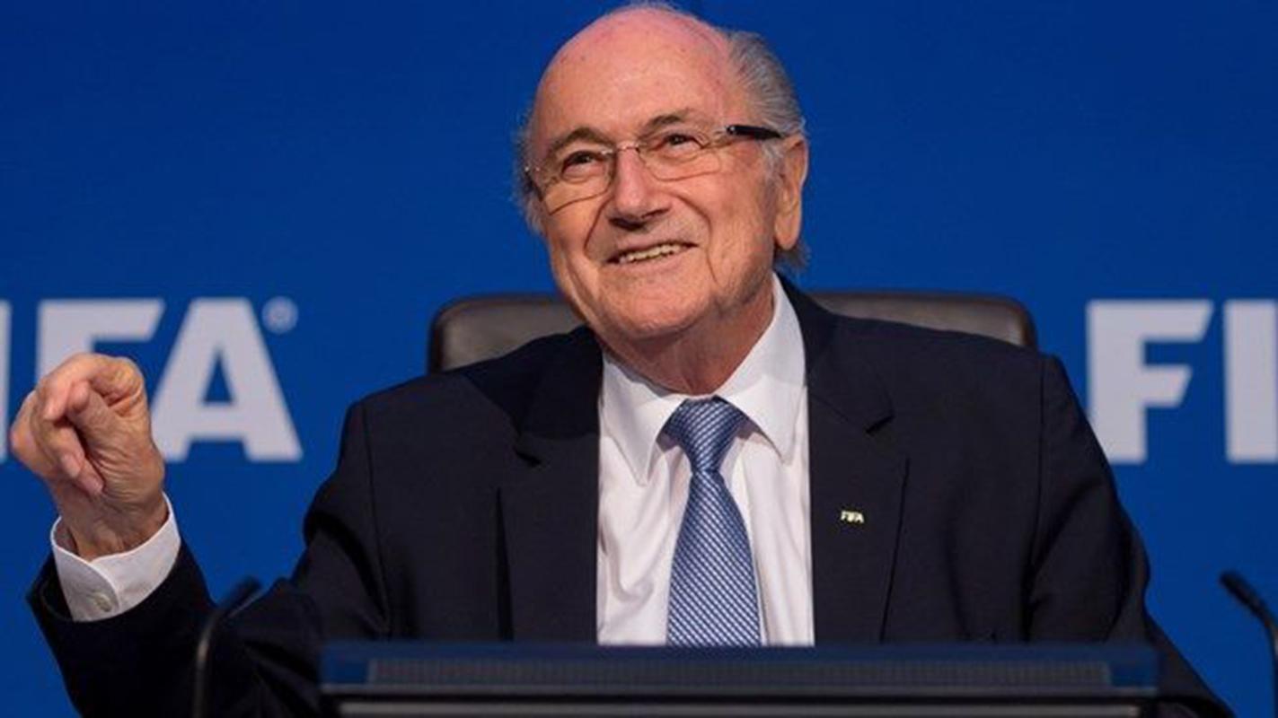 Blatter, animado a luchar contra su suspensión