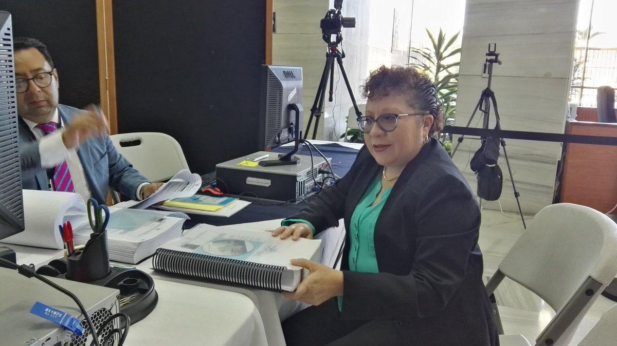 Amada Victoria Guzmán EU Emisoras Unidas Guatemala